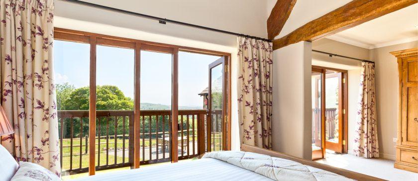 En-Suite King Size bedroom and the veranda