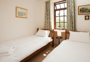 The Twin room at Bridgelands Cottage