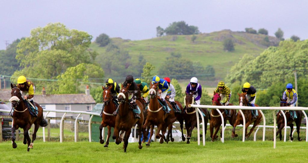 Image of horses racing at Cartmel
