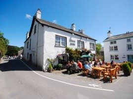 The Kings Arms pub in Cartmel Square