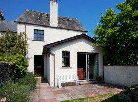 Image of Bridgelands Cottage front garden