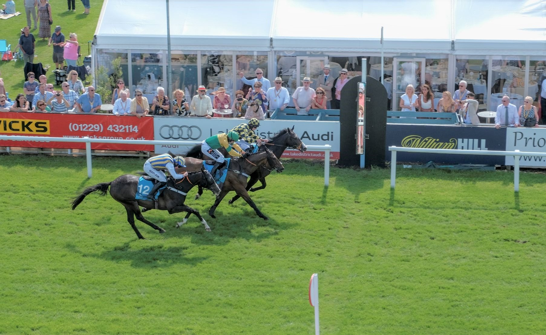 Cartmel Races finish line 2019