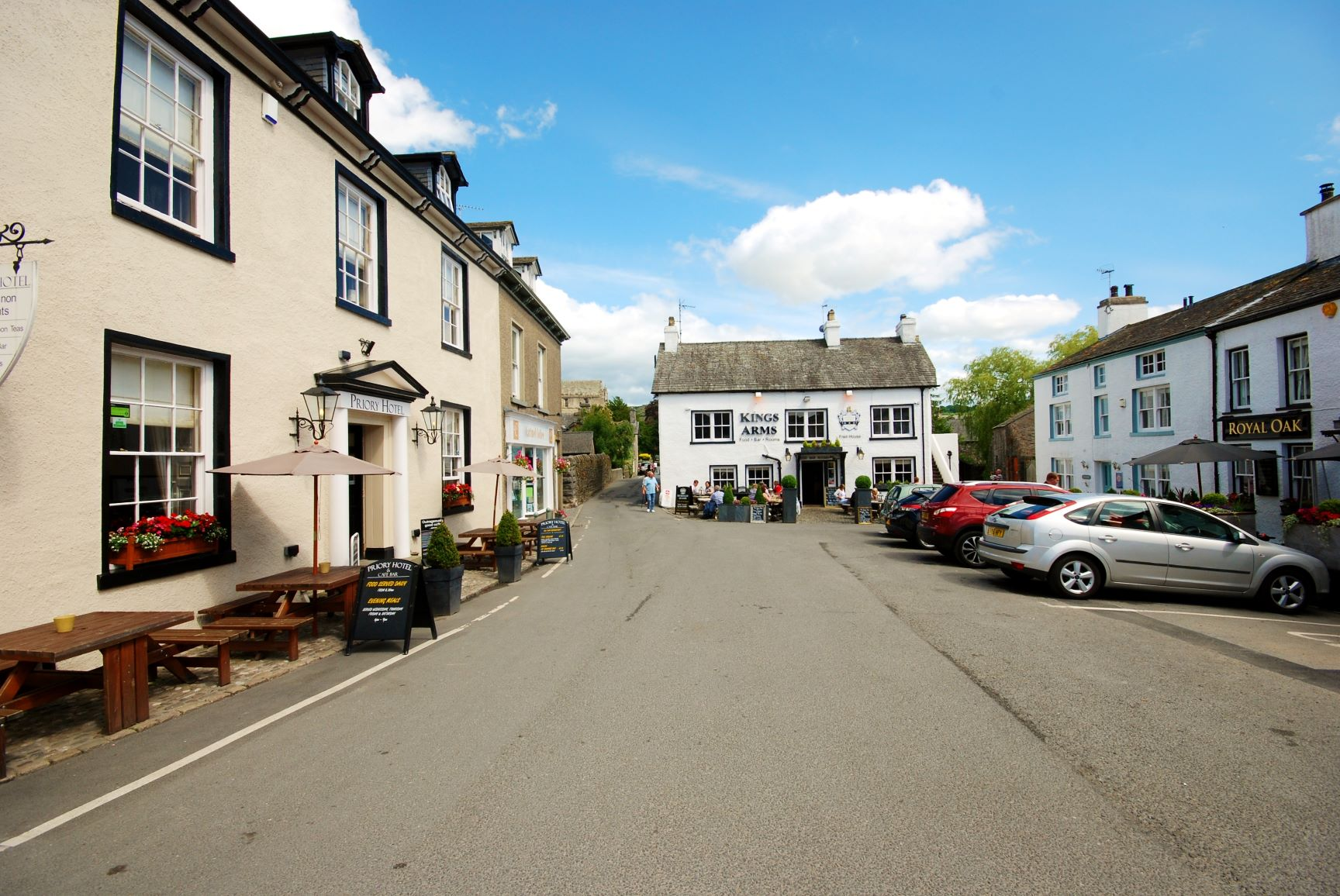 Cartmel Square in summer