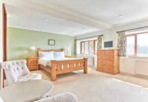 Newly refurbished en-suite bedroom