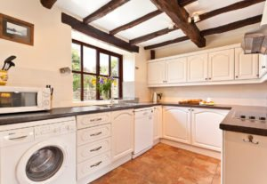 The kitchen in Carree Cottage