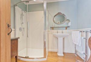 En-Suite Bathroom in The Nook